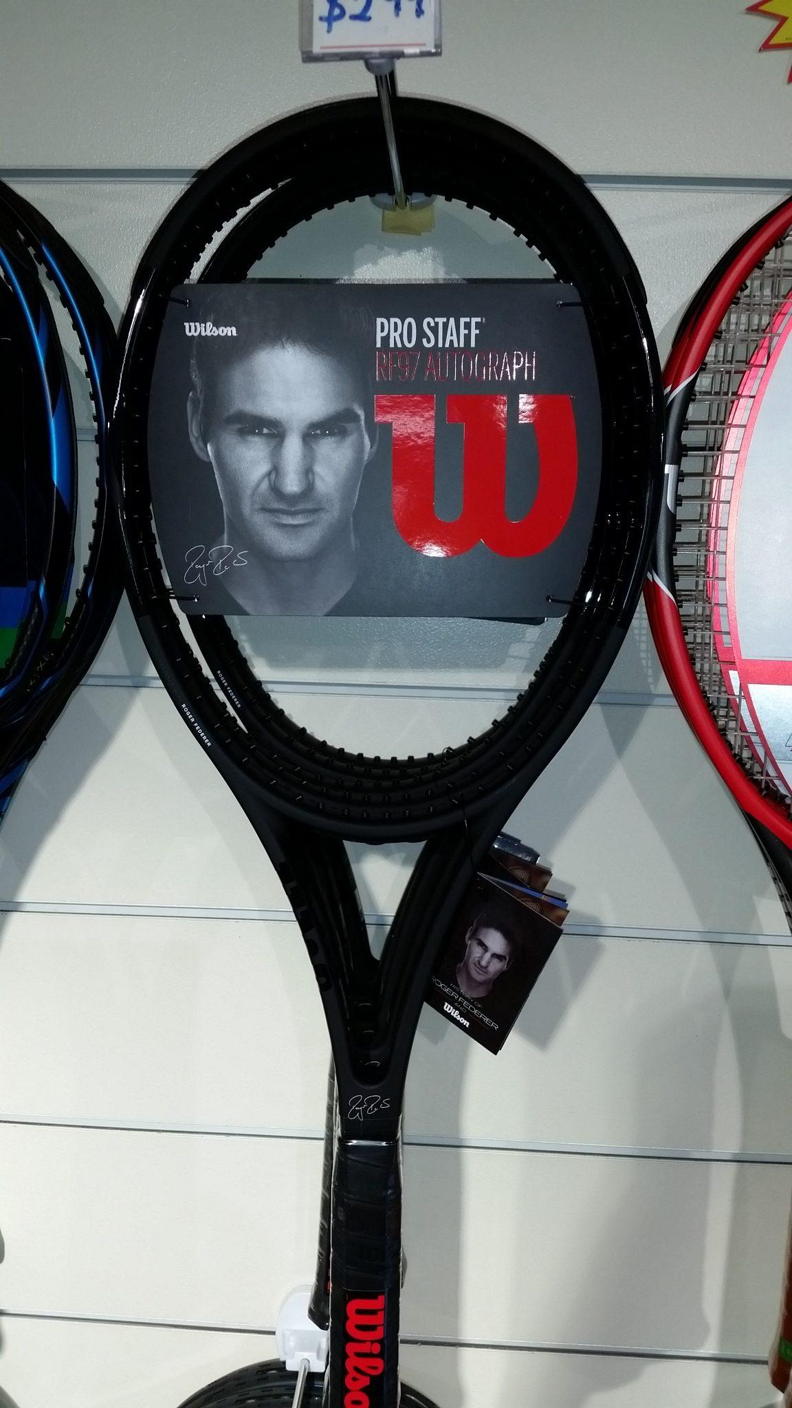3d520413f Wilson Pro Staff 97 Autograph 2017 - Tennis Racquet